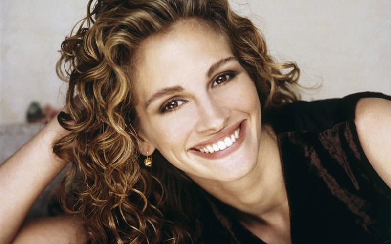 foto profilo sorriso giulia roberts